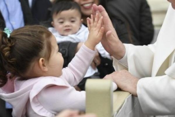 El Papa: Cuaresma tiempo para desconextar el celular y conectarse al evangelio