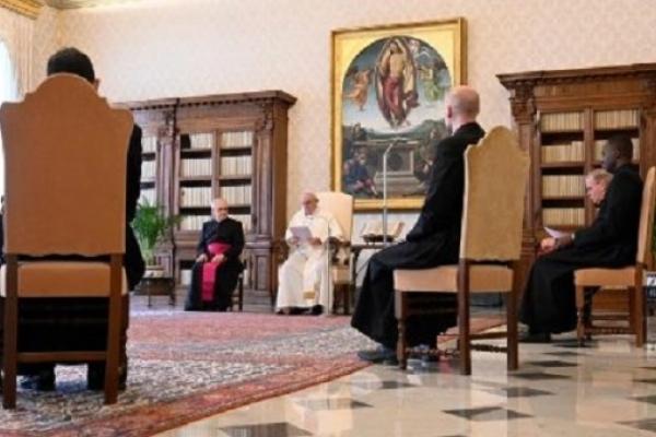 El Papa en la catequesis. Una vida coherente con el Evangelio es perseguida
