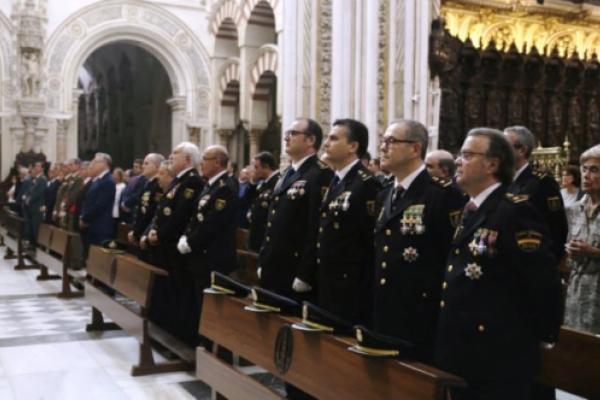 Solemne Eucaristía festividad Santos Ángeles Custodios, patronos del Cuerpo Nacional de Policía. Presidida por Mons. Demetrio Fernández, Obispo de Córdoba