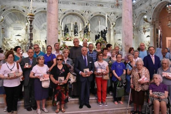 Vuestras gracias y peticiones ante San Antonio de Padua