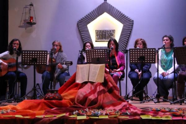 Ain Karem cantar la palabra de Dios y abrazar la humanidad