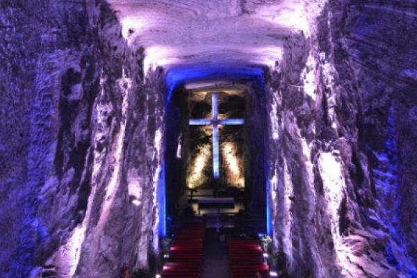"""Catedral de Sal de Zipaquirá: """"¡Un encuentro con Dios bajo la tierra!"""""""