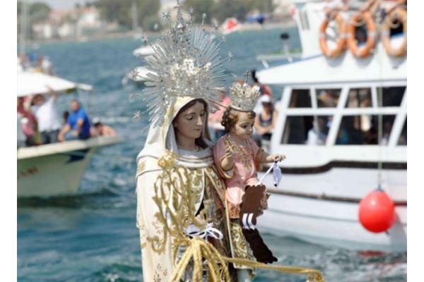 Estas son las promesas de la Virgen del Carmen para quien lleve su Escapulario