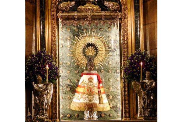 El Pilar es el primer santuario de la Cristiandad porque fue la primera aparición de la Virgen