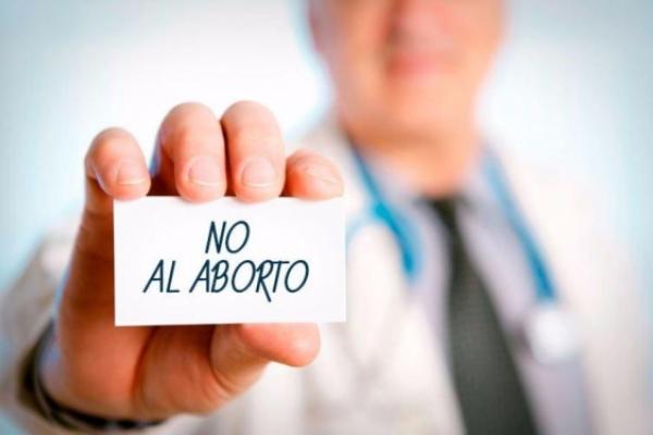 Médicos cristianos luchan para preservar la objeción de conciencia al aborto