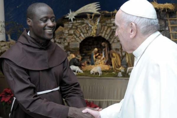 El Papa Francisco recibe en el Vaticano al mejor profesor del mundo
