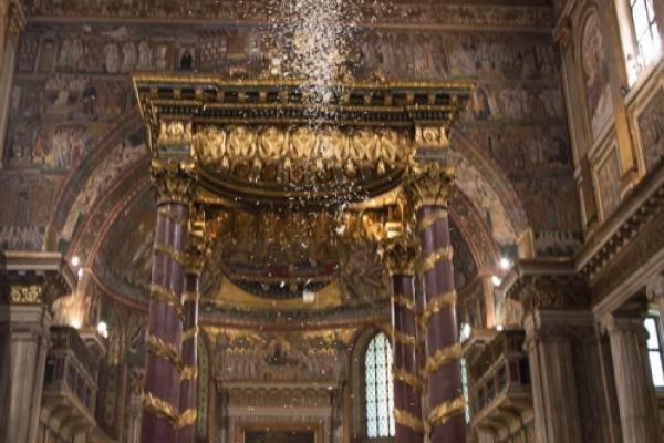 Roma conmemora el milagro de la nieve en pleno Agosto