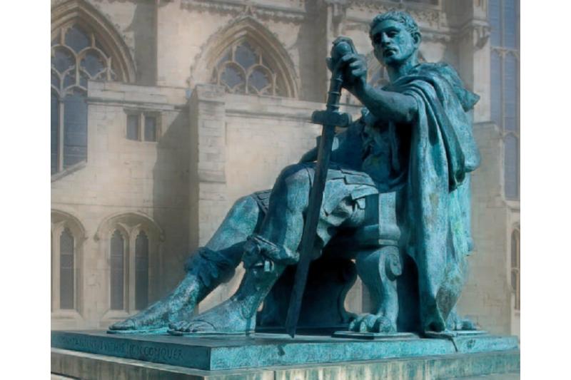 Estatua de Constantino en York (Reino Unido), ciudad donde fue proclamado emperador.