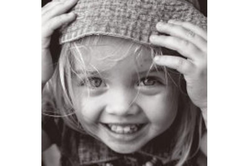 """La sonrisa. Alegraos siempre en el Señor; os lo repito, alegraos"""" (Flp 4,4)"""
