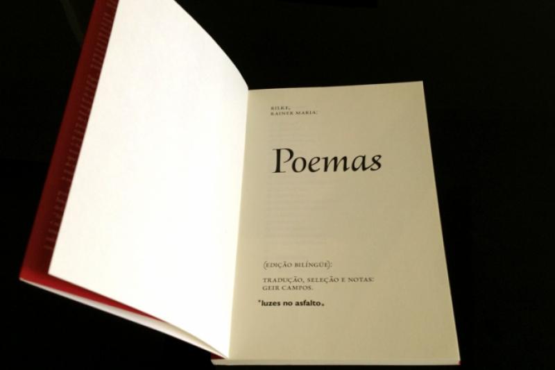 """Libro de Poemas de Rilke """"Lo que se encierra en la permanencia está ya petrificado..."""""""