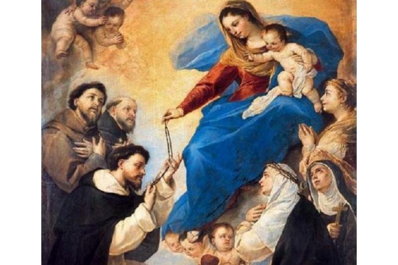 15 promesas de la Virgen a quién rece el Santo Rosario