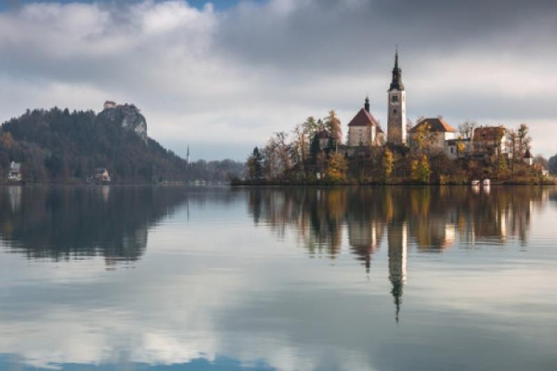 Bled (Eslovenia) y la campana que suena desde el fondo del lago