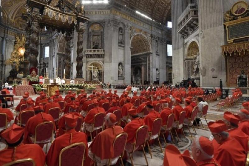 Consistorio para 13 nuevos cardenales