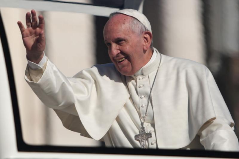 El Papa Francisco hizo pedido especial para el avión en su viaje a Colombia