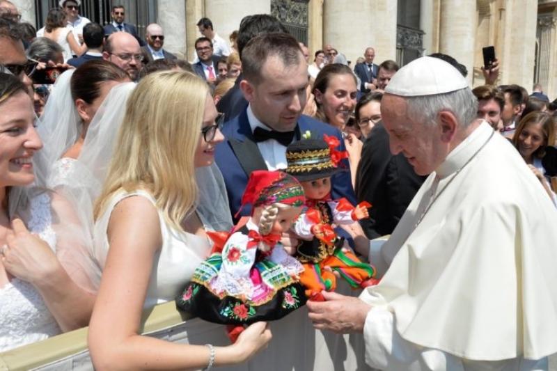 El Santo Padre recordó a los jóvenes, enfermos y recien casados a nuestro San Antonio de Padua