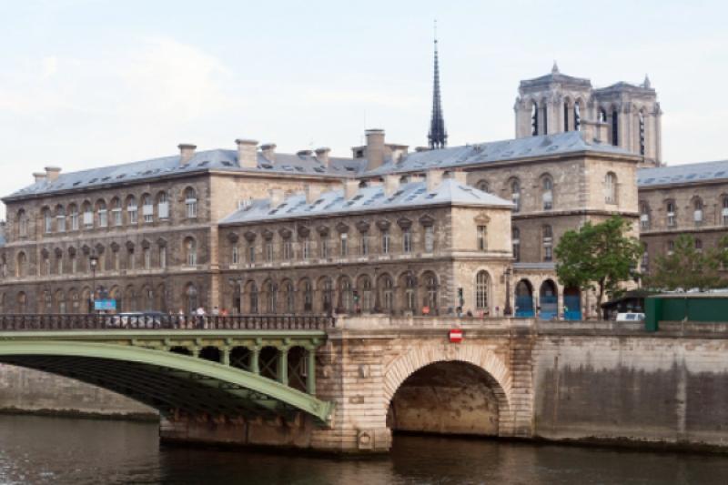"""La fascinante historia del """"Albergue de Dios"""" de París"""