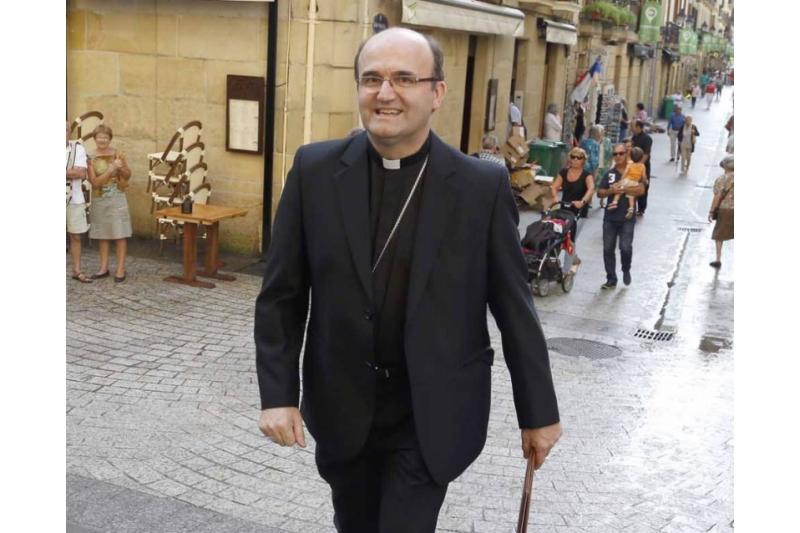 El Obispo Munilla denuncia la creciente intromisión del Estado en la vida de la Familia