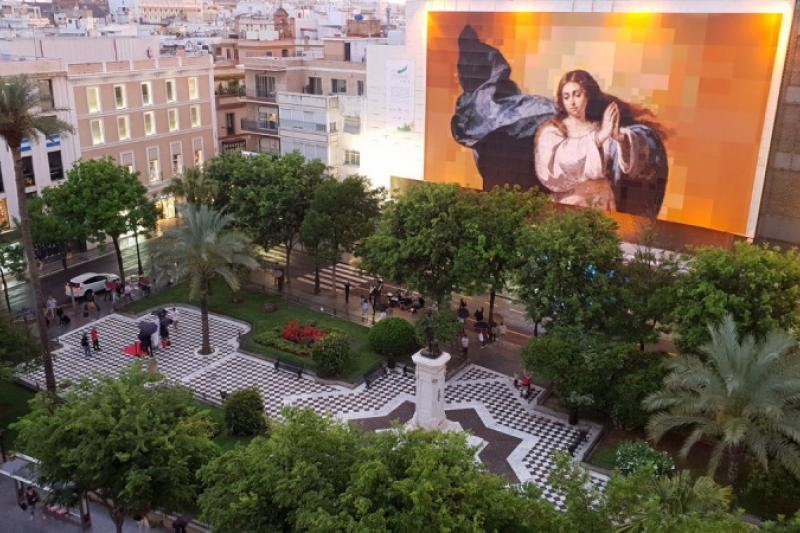 Sevilla homenajea a Murillo con una Inmaculada Colosal