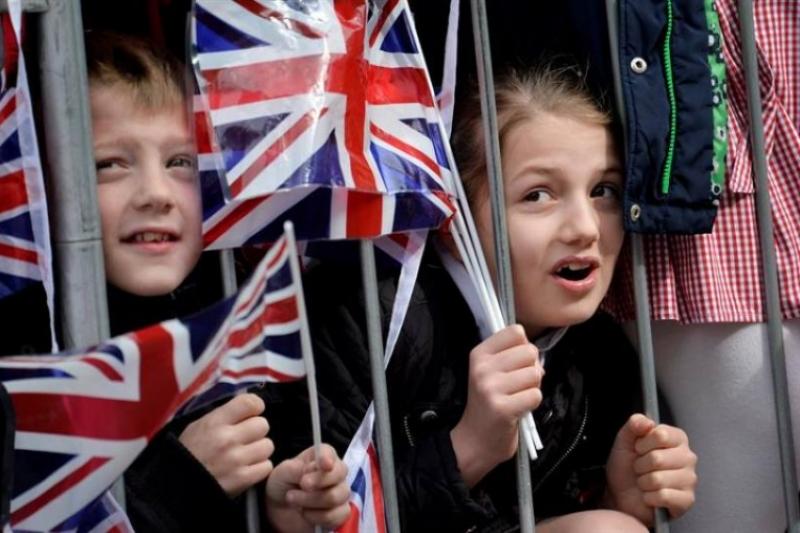 Gran Bretaña se apropia de nuestros hijos