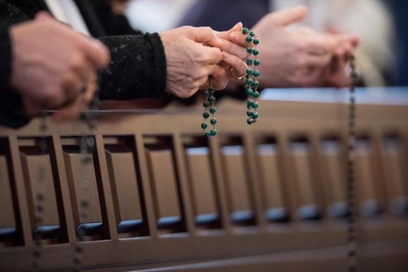 Es posible ganar indulgencias al rezar el Santo Rosario