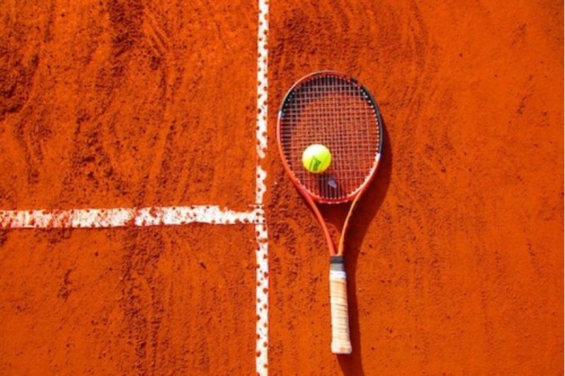 Los primeros jugadores de tenis fueron monjes