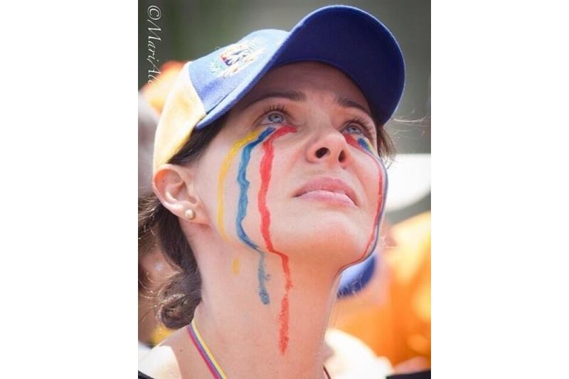 Los venezolanos toman medicinas para animales ante la escasez de medicamentos