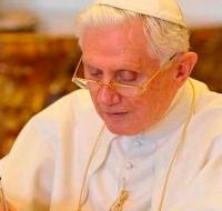 Benedicto XVI publica carta por centenario natalicio de San Juan Pablo II