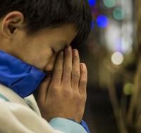 La dictadura china prohíbe educar en la fe a los menores de edad y su asistencia a Misa