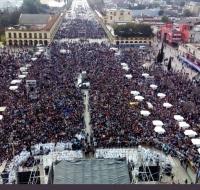 Miles de argentinos claman por la vida en la consagración de Argentina a la Virgen de Luján