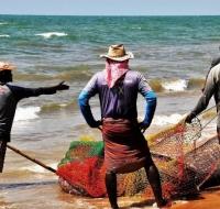 """El mar y sus trabajadores: una """"periferia"""" tan querida por el Papa Francisco"""