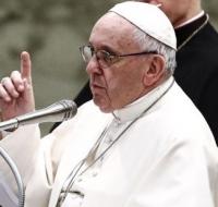 """El Papa lamenta en la audiencia general que a los migrantes """"no se les deja desembarcar en un puerto""""."""