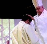 Era pandillero y en la carcel le hablo a Dios alli ha sido ordenado y ahora sera el capellan