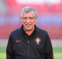 Fernando Santos, entrenador de la selección de Portugal, fiel devoto de la Virgen de Fátima