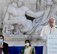 Francisco: «Las religiones están al servicio de la paz y la fraternidad»