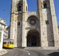 Recorriendo los lugares de San Antonio de Padua en Portugal