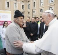 Papa Francisco visita a los pobres