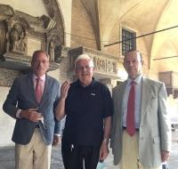 Vuestras peticiones y gracias pasaron por la tumba de San Antonio de Padua