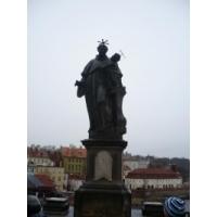 San Antonio de Padua. Puente de Carlos en Praga, República Checa
