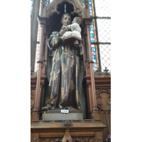 San Antonio de Padua en la Iglesia de San Martín de Arlón, Bélgica